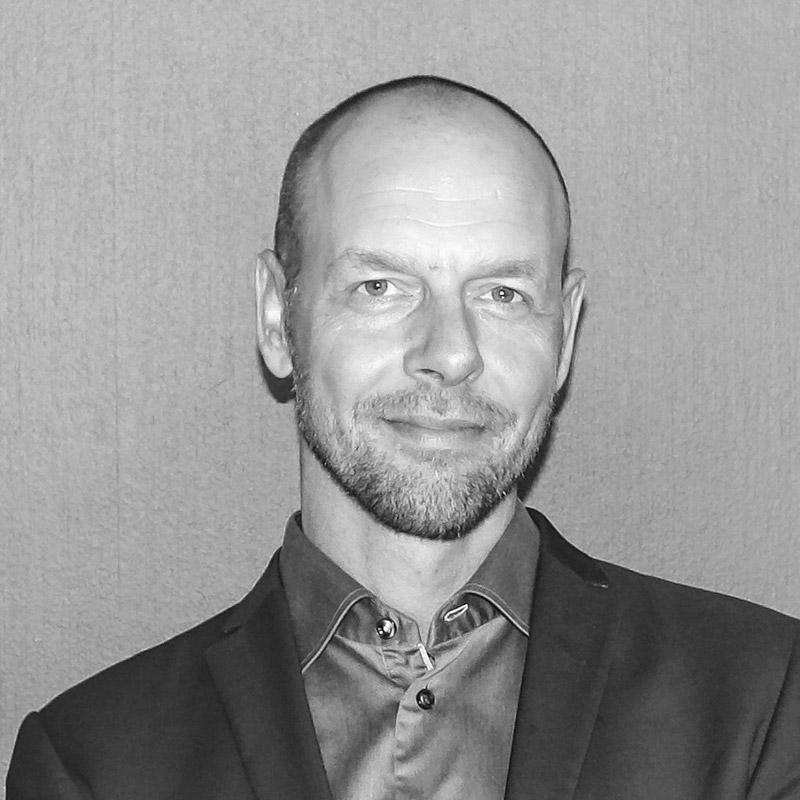 Mikael Schierenbeck
